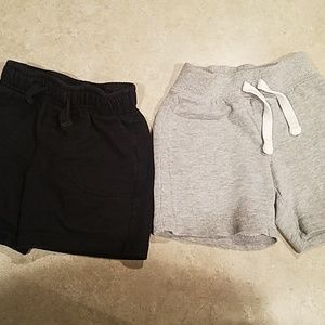 2 pairs boy shorts
